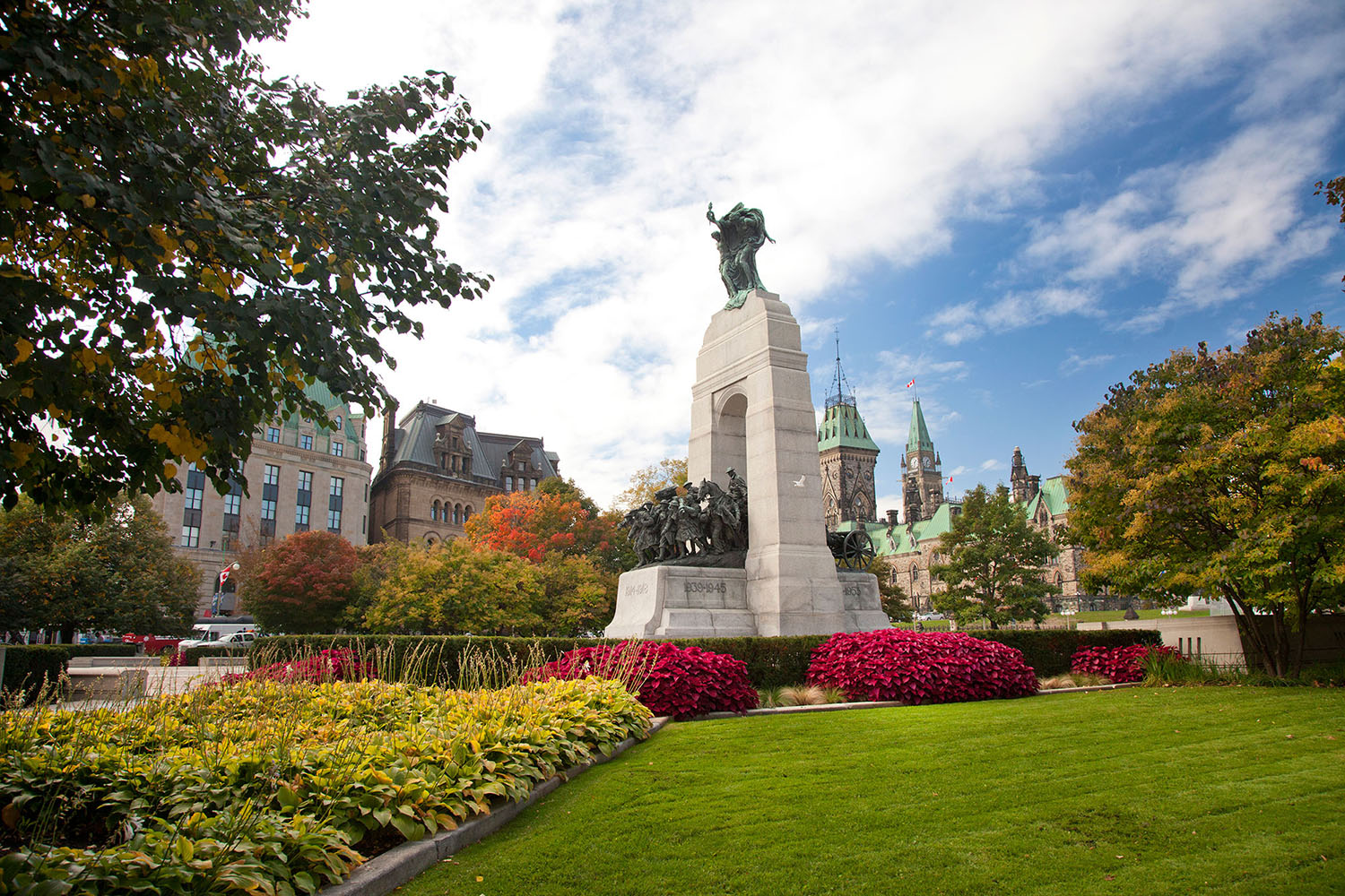 View enlarged image of the National War Memorial