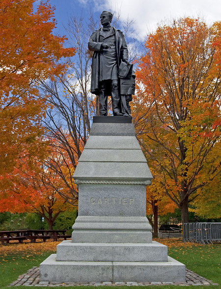 View enlarged image of the Sir George-Étienne Cartier statue