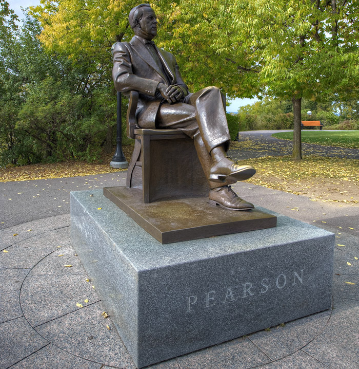 View enlarged image of the Lester Bowles Pearson statue